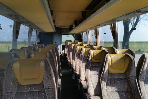 clubbus-32-innen