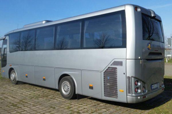 clubbus-seitenansicht